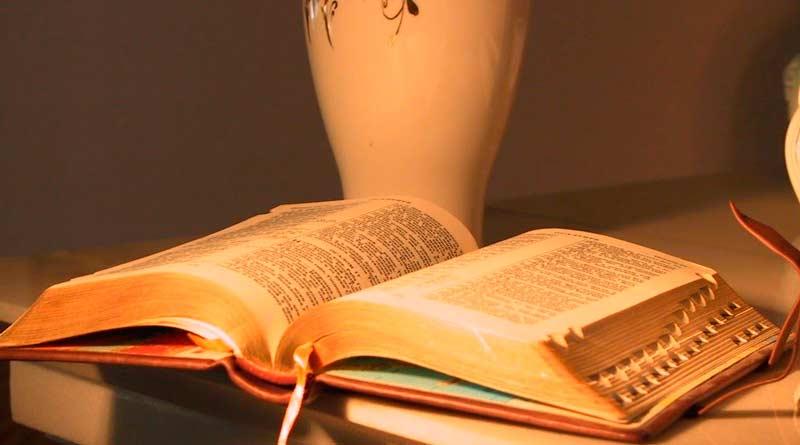 biblia_6-1.jpg